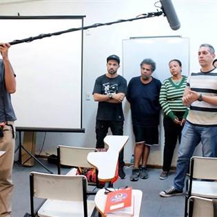 Projeto social Por Telas é destaque na mídia