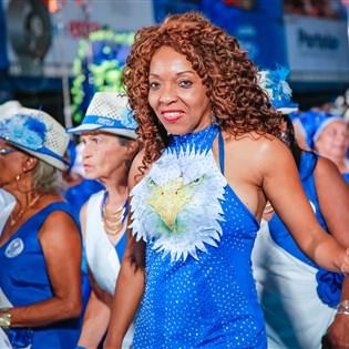 Nilce Fran promove aulão de samba no pé nesta quinta-feira, na Portela